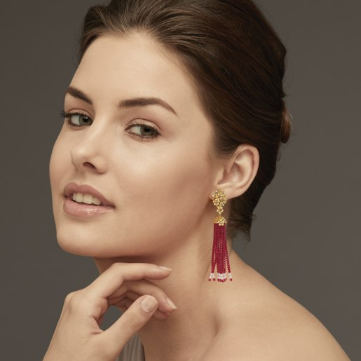 Diamond , Ruby And Tassel5 Earring In Yellow Gold (8.98 Gram) With Diamonds (0.100 Ct)